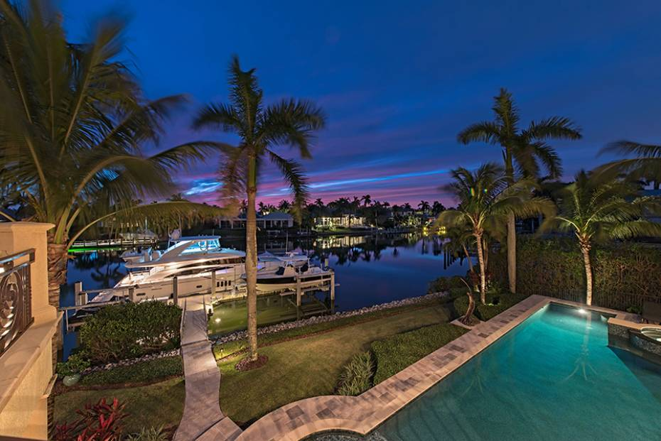Additional photo for property listing at 3500 Rum Row  Naples, Florida,34102 États-Unis