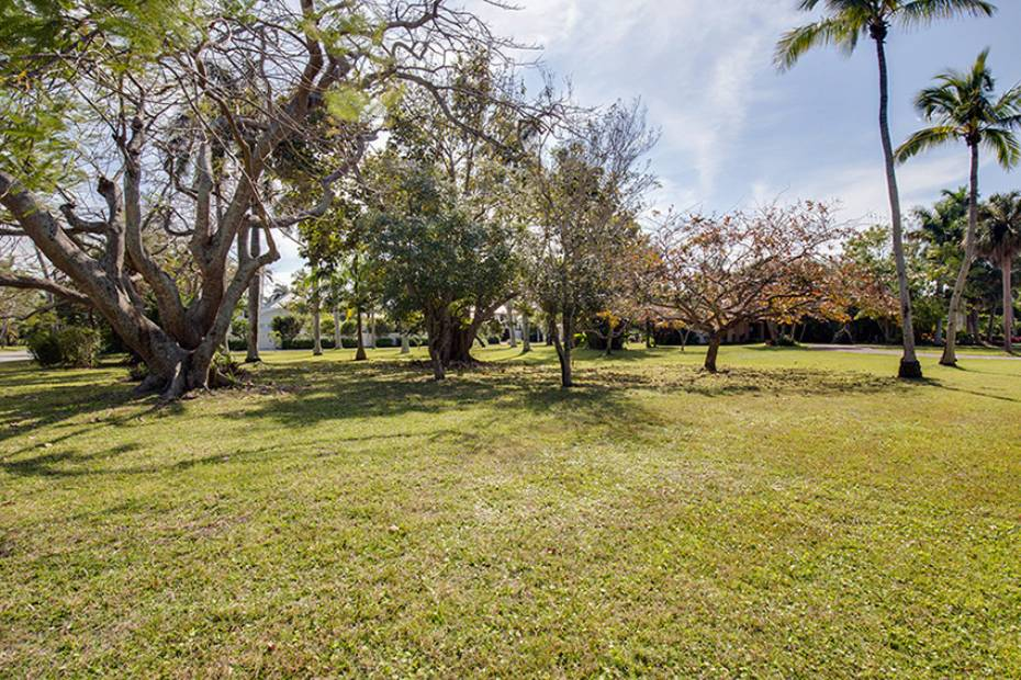 Additional photo for property listing at 170 9th Ave S, Naples, Florida  34102  Naples, フロリダ,34102 アメリカ合衆国