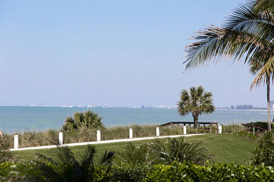 Additional photo for property listing at 4301 Gulf Shore Blvd N 101 Naples, Florida,Estados Unidos