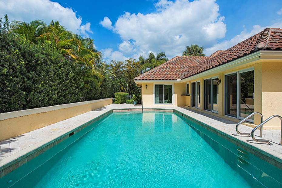 Additional photo for property listing at 655 Galleon Dr Naples, Florida,United States