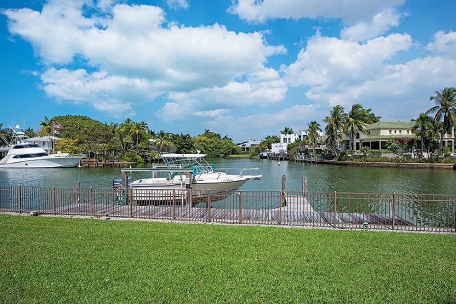 Additional photo for property listing at 655 Galleon Dr Naples, Florida,États-Unis