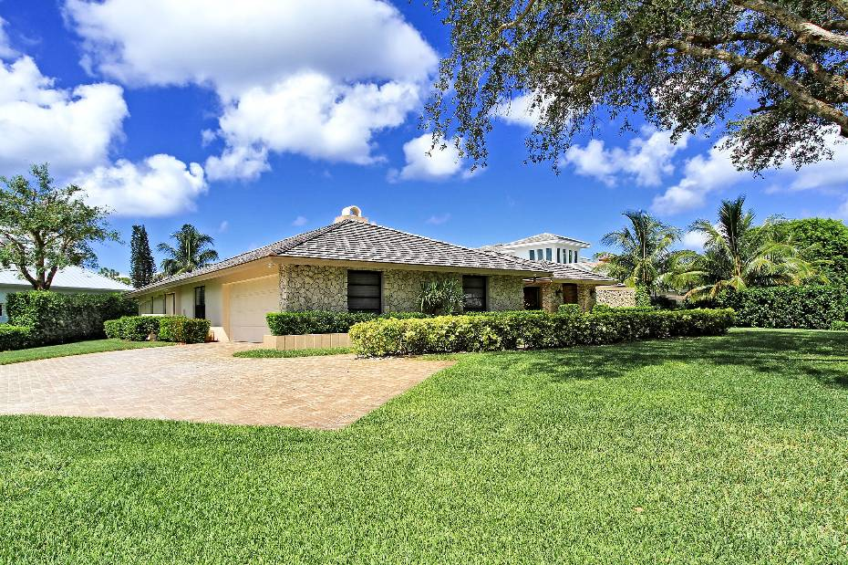 Additional photo for property listing at 552 Whispering Pine Lane Naples, Florida,Estados Unidos
