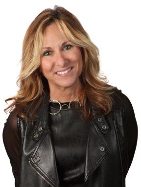 Geri Lynne Carnelli