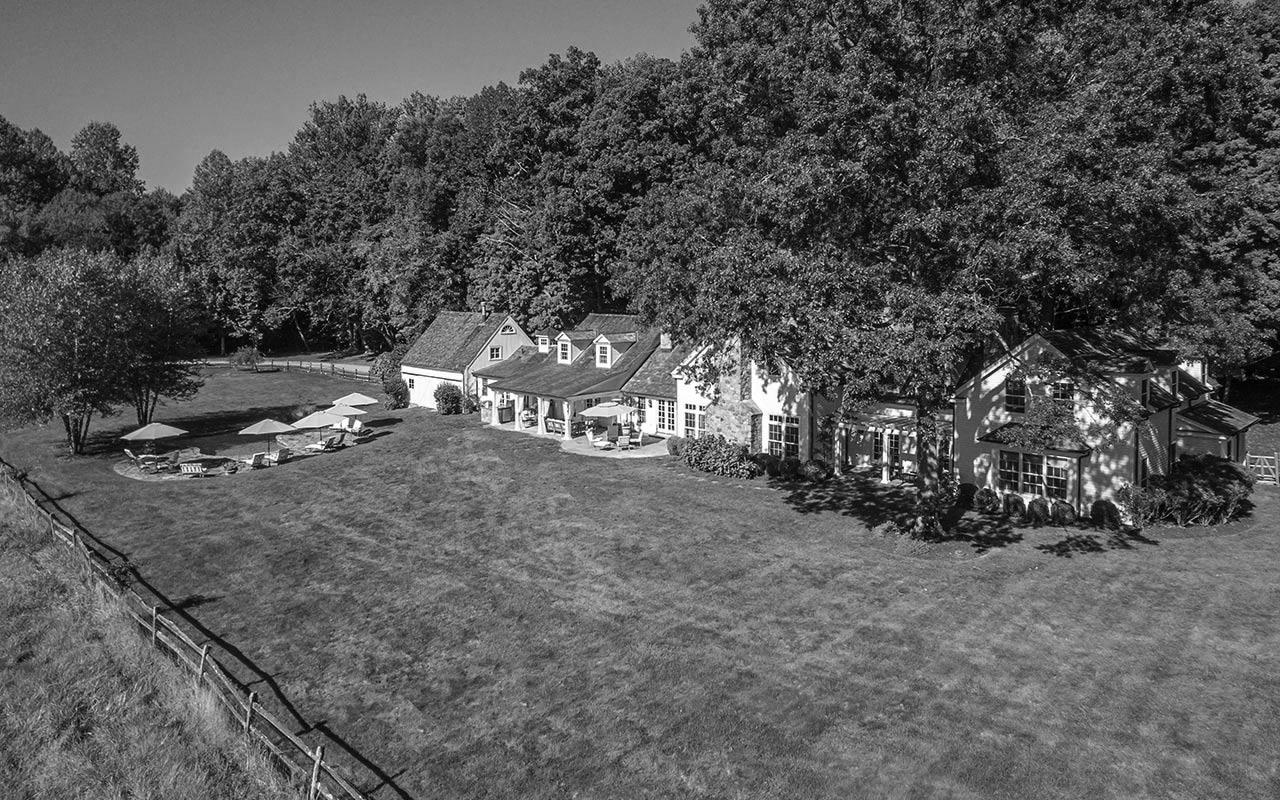 1170 Hulls Farm Road, Fairfield (Southport), CT