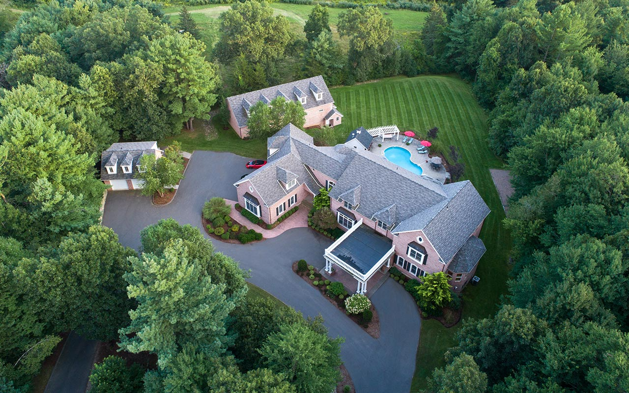 35 Paddock Lane, Glastonbury (South Glastonbury), CT