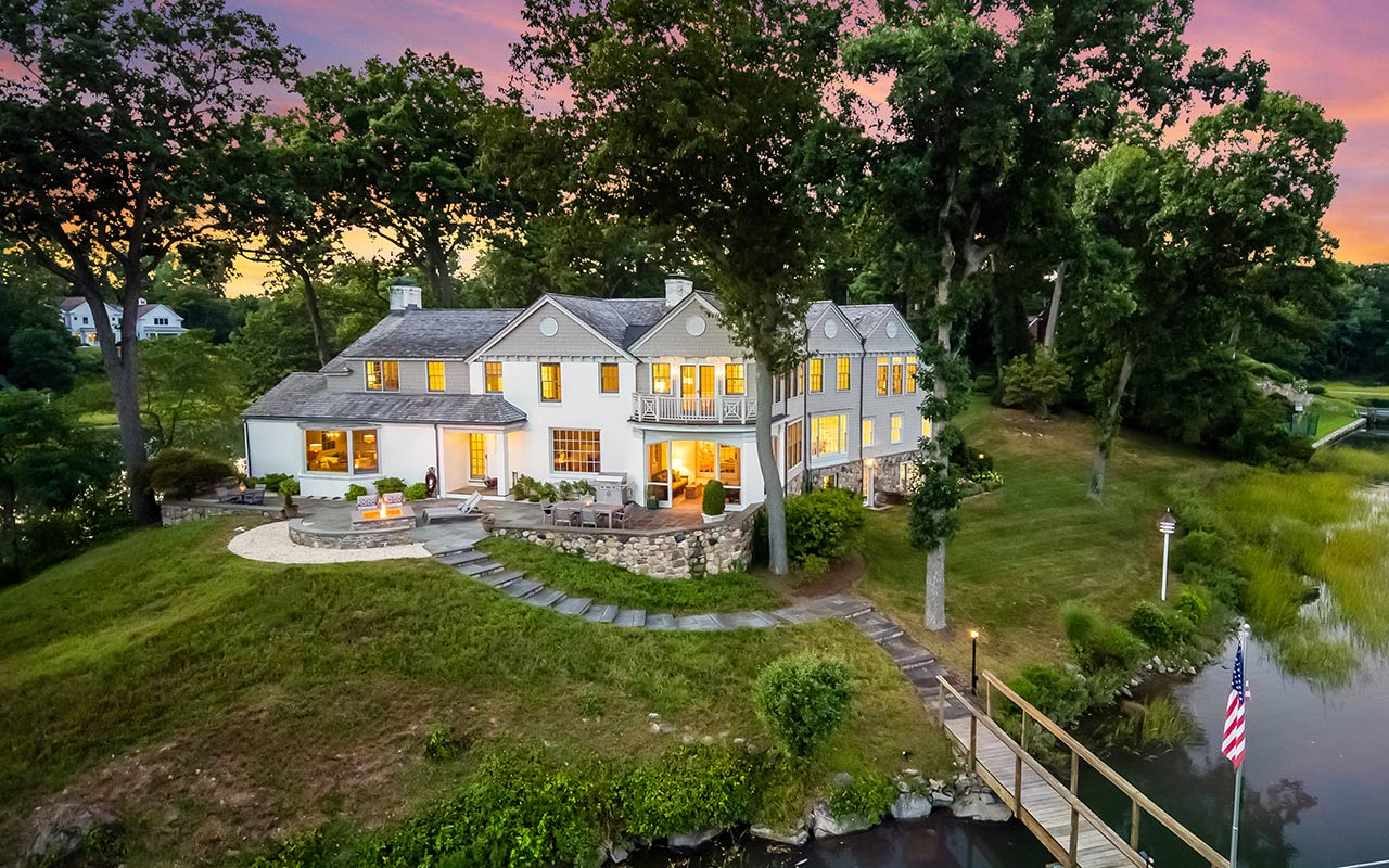 33 Beverly Place, Darien, CT