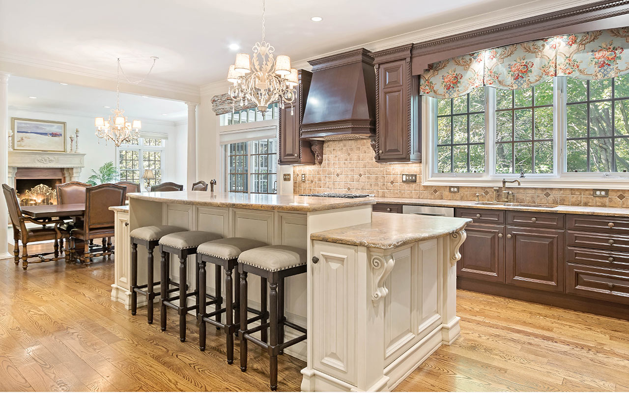 77 Amys Lane, New Canaan, CT
