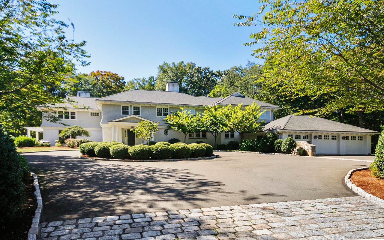 131 Blue Hills Road, North Haven, CT