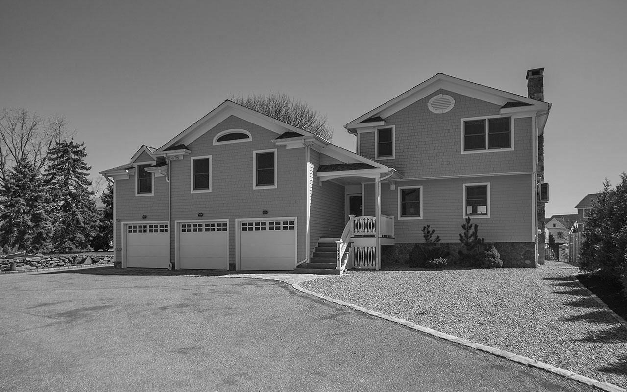 454 Pine Creek Avenue, Fairfield (Beach), CT